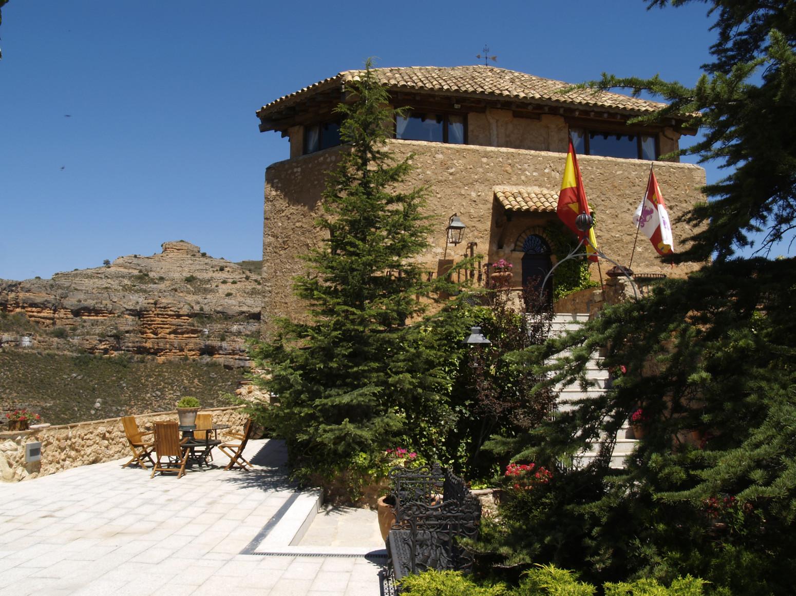 Hotel castillo de soma n soria espa a web oficial - Hotel castillo de ayud ...